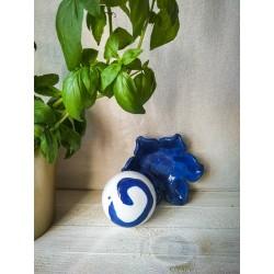 polikala.com ceramika z Krety, Laventzakis ceramics, kolor: kobalt z bielą
