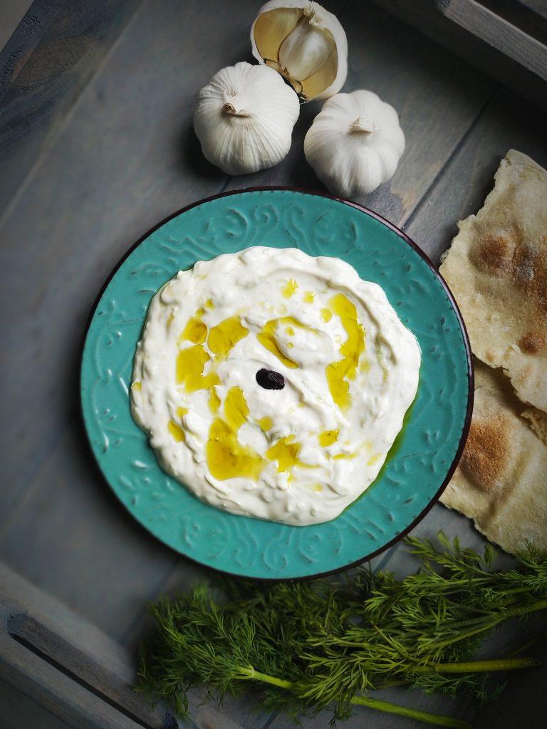 polikala tzatziki grecki sos z ogórka