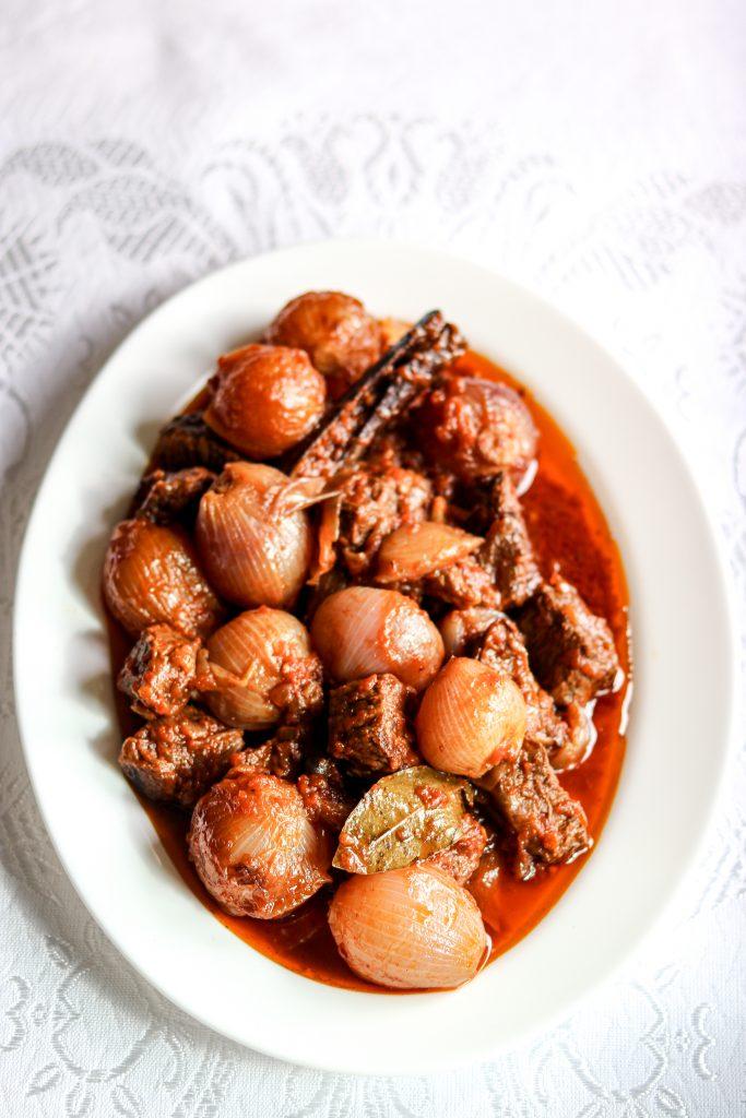 polikala stifado grecki gulasz z wołowiny wolowiny oliwa z krety